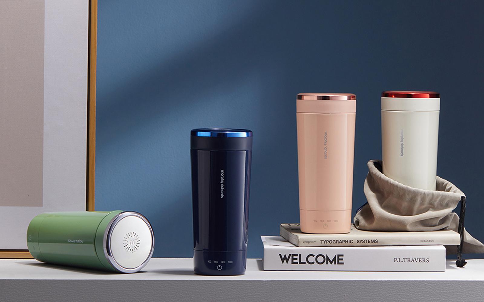 天猫降低品牌入驻门槛;智能健身镜 FITURE、运动时尚科技品牌 MOLY VIVI 获融资;可口可乐上新燕麦奶产品|品牌日报
