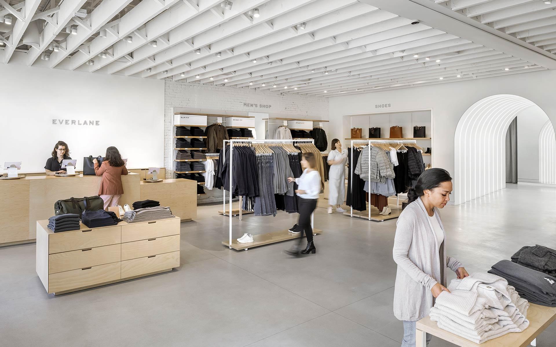 Everlane 推出微信商城;天猫食品发布「新品牌创造营」;NIKE 发布最新品牌视频|品牌日报