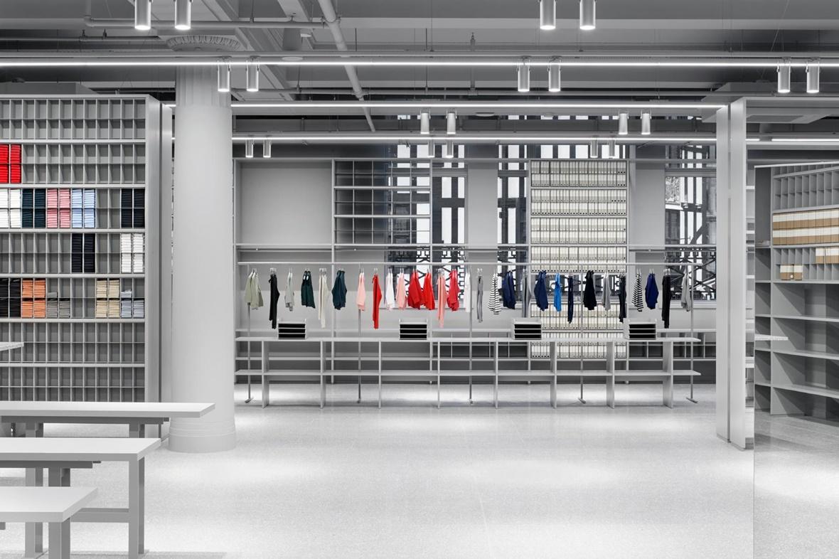 H&M 旗下 ARKET 及 lululemon 旗下 lab 进入中国,农夫山泉提交 IPO 招股书 | 品牌日报