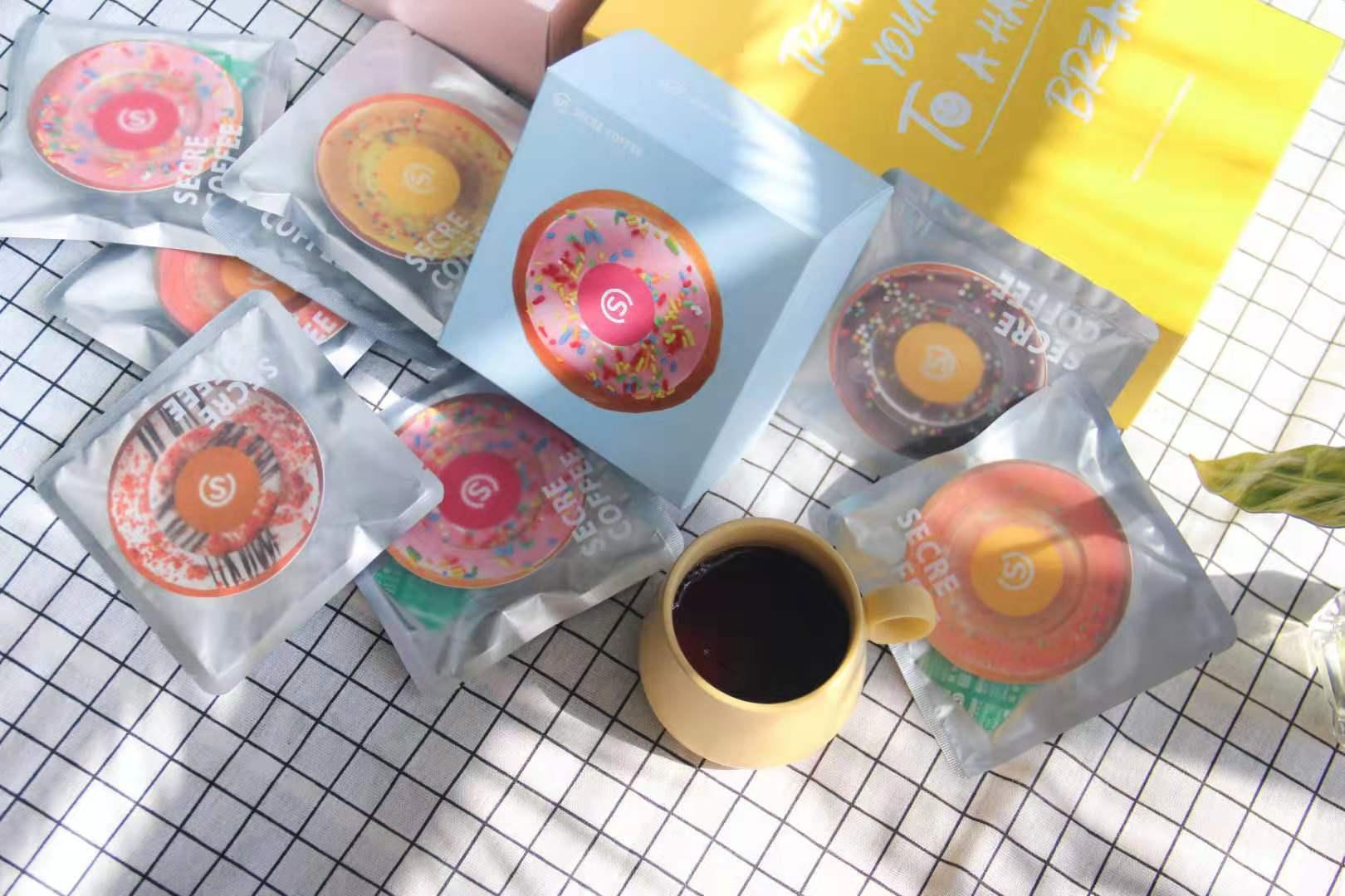 时萃-咖啡-甜甜圈